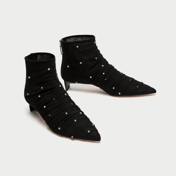 45d52862bf90 NWT Zara Size US 6.5 Black Tulle Kitten Heel Boots